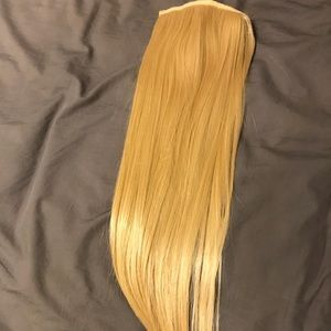 "Bellami 180g 24"" clip in pony tail #18beach blonde"